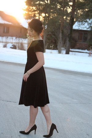 black classy eShaki dress