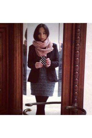 black pull&bear blazer - light pink H&M scarf - black BLANCO skirt