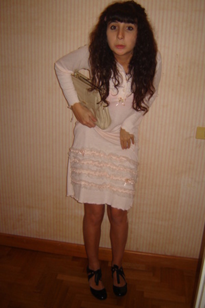 vintage intimate - vintage purse - Totem shoes