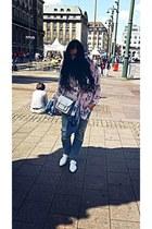 white leather Zara shoes - blue boyfriend jeans jeans - pink floral H&M blazer