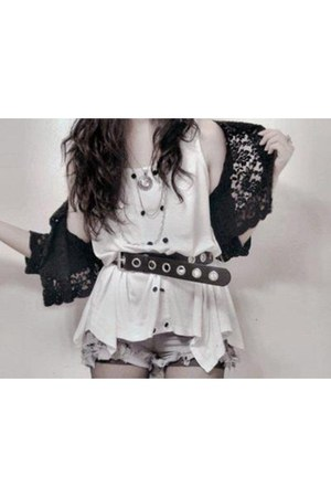 white top - silver shorts - heather gray shorts - light brown belt