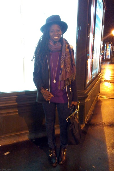 black vintage hat - navy blue denim Bershka jeans - purple purple Gap sweater