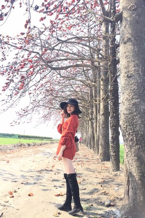 black knee boots - brick red Airspace dress - black hat - beige Legatolargo bag
