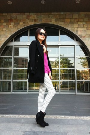 black boots - black coat - bubble gum sweater - white leggings