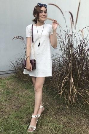 white Zara dress - crimson new look bag - white sunglasses - gold necklace