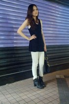 black top - white Zara pants - white vest - black heels