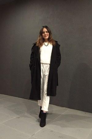 black heels boots - black coat - white sweater - black necklace