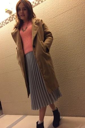 beige coat - nude coat - black heels boots - silver skirt - black necklace