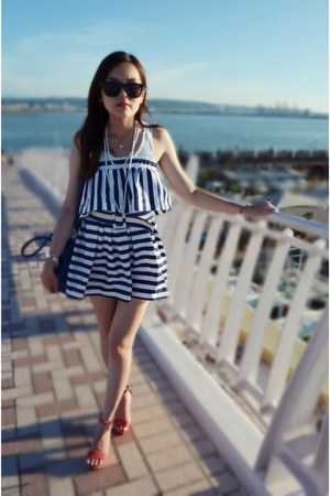navy marine dress - blue bag - black sunglasses - red sandals - white necklace