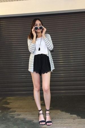 black shorts - heather gray knitted coat - off white sunglasses - white Zara top
