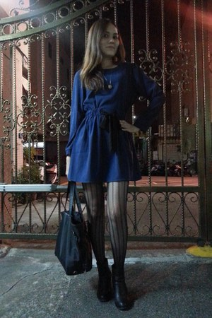 black heels boots - navy dress - black tights tights - black bag