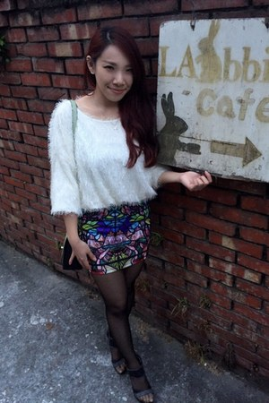 blue skirt - white sweater - heather gray agnes b bag - black heels