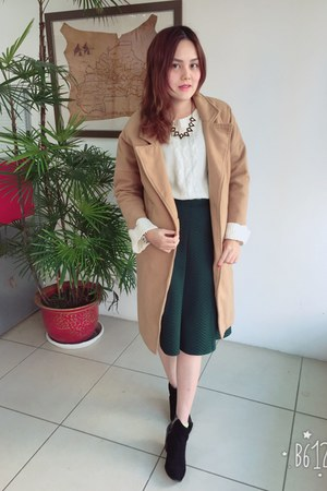 black boots - beige coat - white sweater - black necklace - forest green skirt