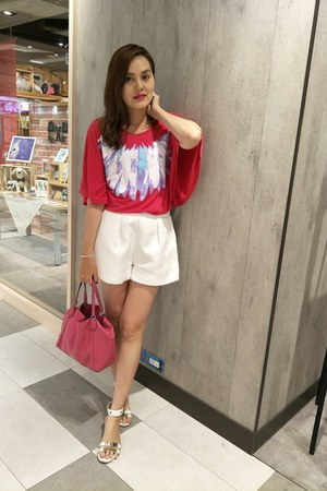 white shorts - hot pink coach bag - hot pink top - white daphne sandals