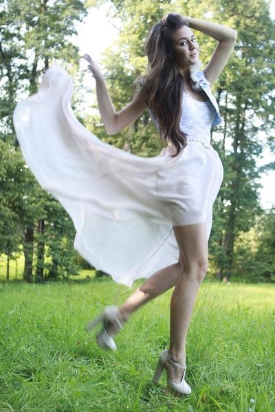 neutral chiffon handmade skirt - eggshell platforms deezee shoes
