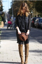Zara boots - Zara hat - Monki blouse