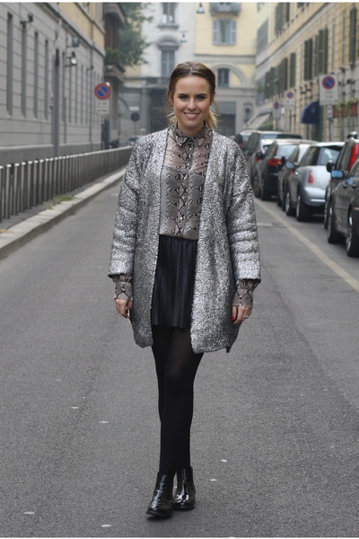 H&M Trend cardigan - Zara skirt - Zara blouse
