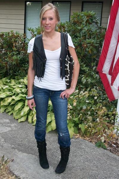 vintage vest - Susina shirt - Silver Jeans jeans - vintage boots - payless acces
