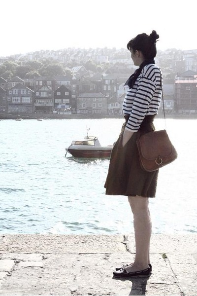 brown French Connection skirt - white Zara t-shirt - black Topshop shoes - brown