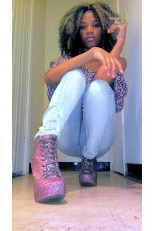 heels - jeans - blouse