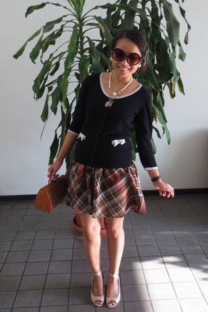 black thrifted sweater - tawny wood purse - coral plaid thrifted skirt