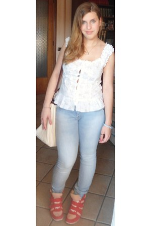 floral print blouse - wedge inside shoes - Pull & Bear jeans - bag bag bag