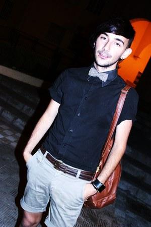 beige shorts - black shirt - tawny bag - beige tie