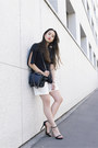 Navy-h-m-bag-ivory-joseph-shorts-black-zara-sandals