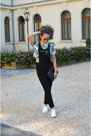 black clutch Giorgio Armani bag - white Zara shoes - tawny vintage sunglasses