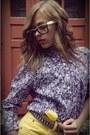 Maroon-graceland-heels-light-purple-floral-print-random-brand-shirt