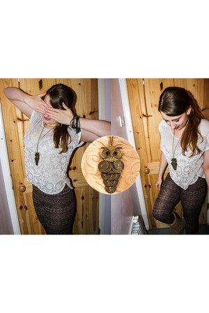 bronze necklace - light brown leggings - ivory lustre top