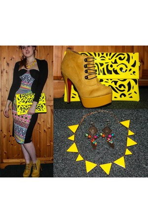 yellow bag - mustard Kapris Collection boots - black Boohoo dress