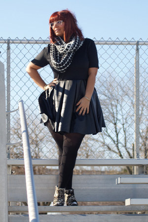 black Forever 21 dress - eggshell Kenneth Cole boots - white Max Cole glasses