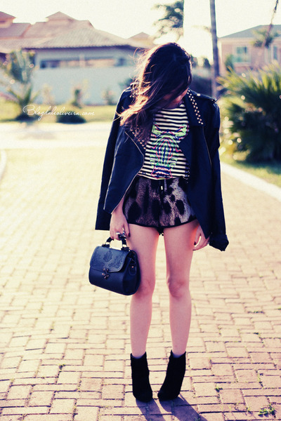 black jacket - brown shorts - white blouse