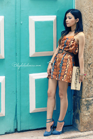 eggshell bag - sky blue dress - light orange dress