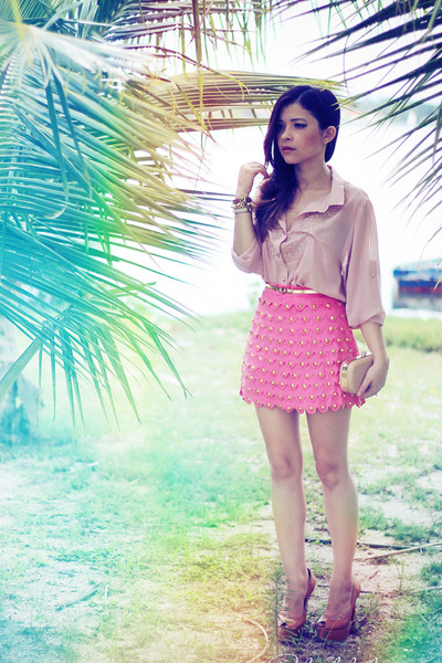 bubble gum skirt - light pink blouse - bronze pumps