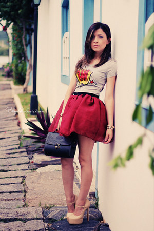 ruby red skirt - silver top - eggshell pumps