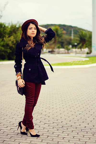Model Burgundy Pants Outfit On Pinterest  Burgundy Pants Maroon Pants