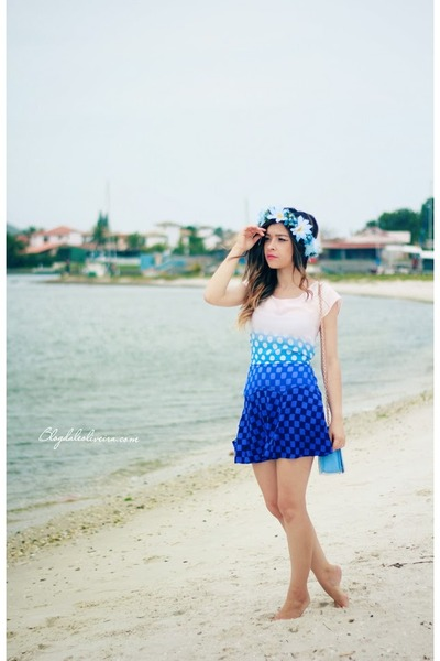 blue dress - sky blue hair accessory
