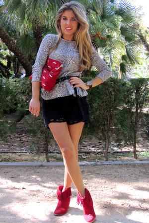 burgundy Zara bag - crochet Zara shorts - animal print Zara Kids t-shirt