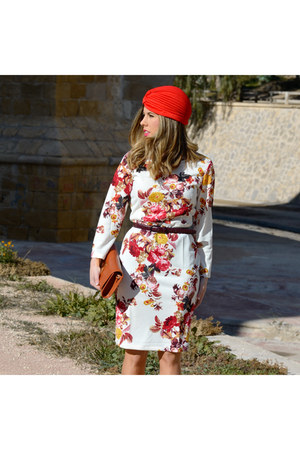 red Choies hat - ruby red Choies dress