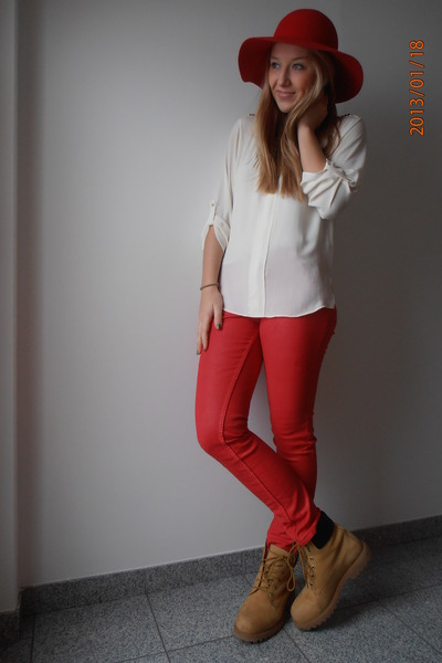 red Modiana hat - burnt orange Lumberjack shoes - white Zara blouse