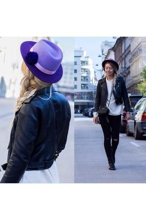 violet The Blonde Bliss hat
