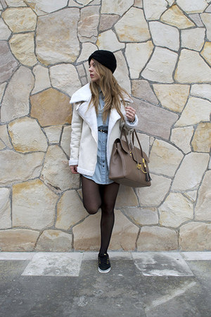pull&bear shirt - choiescom coat - Vans sneakers