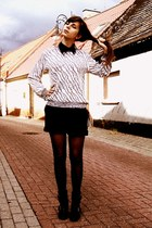 black boots - silver sweater - black H&M shorts - black accessories