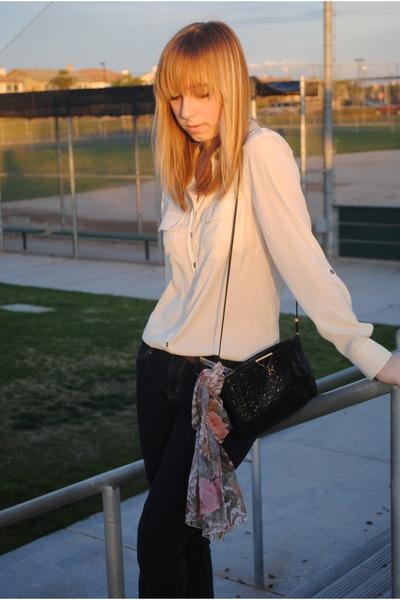 Apt 9 blouse - Gap jeans - vintage purse - vintage scarf - abercrombie & fitch b