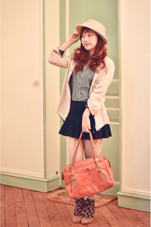 beige Yesstyle blazer