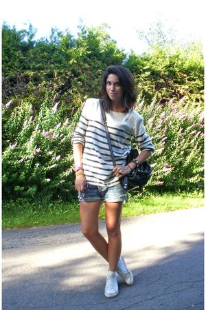 blue acne shorts - white Vila sweater - black Marc by Marc Jacobs purse - white