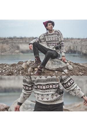 crimson vintage winter Gypsy Sale sweater