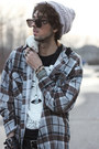 Merrin-gussy-ring-light-brown-hooded-flannel-shirt